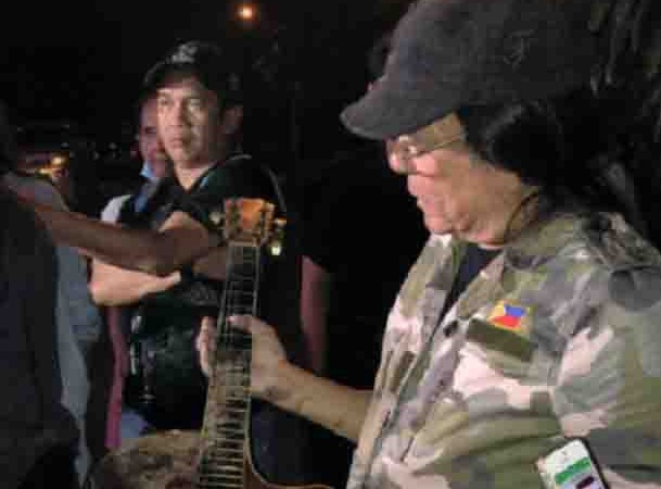 Freddie Aguilar house hit by fire