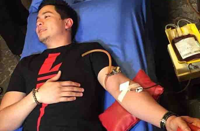 Alden Richards donates blood for the Kapuso Bloodletting Day