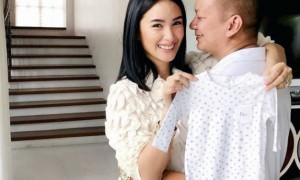 "Chiz Escudero hilariously reacts to Heart Evangelista, 'craving' for a bag: ""Asa…"""
