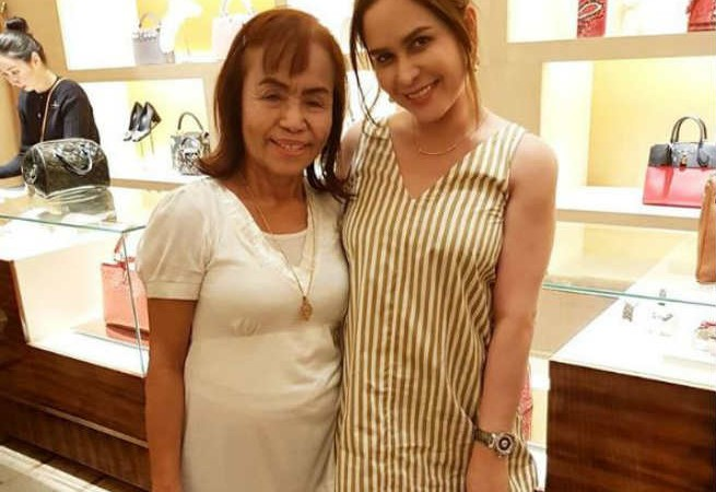 Jinkee Pacquiao treats Mommy Dionisia to a shopping spree and buys her a car for her birthday