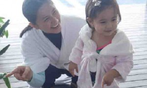 WATCH:  Mariel Padilla's Baby Isabella 1st swimming lesson