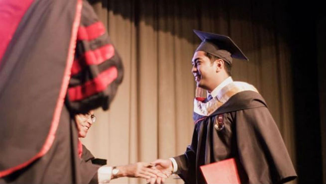 Cavite Vice Governor Jolo Revilla graduates from college