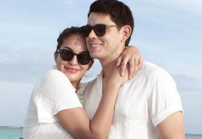 Richard Gutierrez goes on a romantic date night with Sarah Lahbati