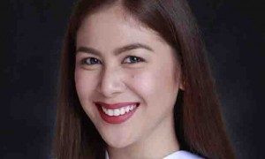 Valerie Concepcion graduates from college