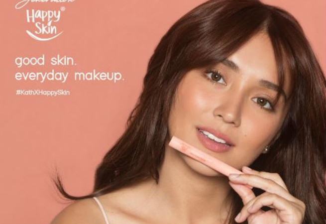 Kathryn Bernardo shares first look at her own make up collection