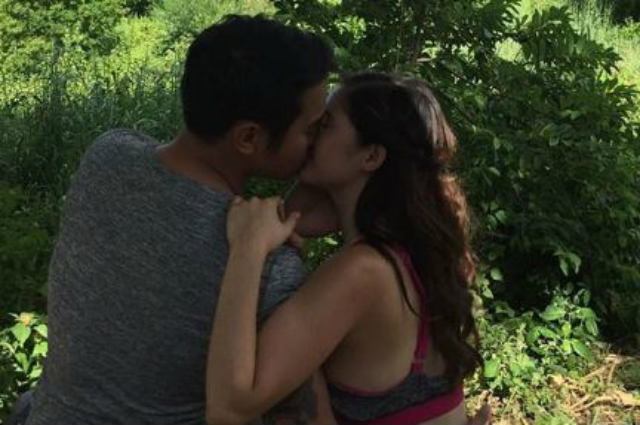 Is this kissing photo of JM De Guzman and Barbie Imperial taken behind the scenes?