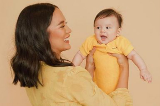"""Isabelle Daza hits back at online basher: """"Wow you know pala my son more than me"""""""