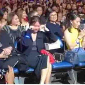 WATCH: Daniel Padilla makes Kathryn Bernardo cry during concert