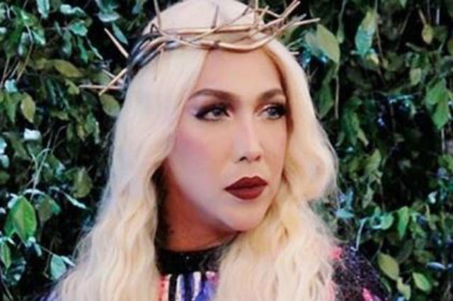 Vice Ganda hits back at basher who criticized her expensive gowns at the ABS-CBN Ball