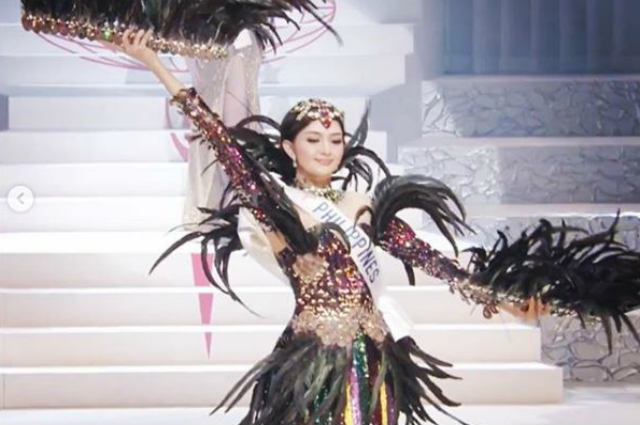 WATCH: PH bet Ahtisa Manalo stuns in her national costume for Miss International 2018