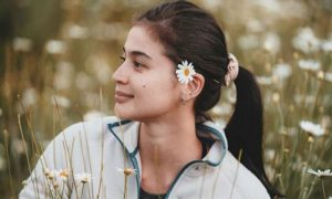 Anne Curtis effortlessly looks 'dyosa' even without make up