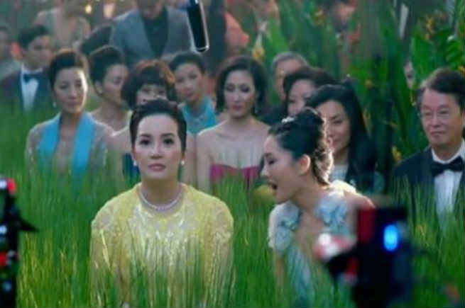 "Director Erik Matti on 'Crazy Rich Asians': ""Caricature acting, cliche insights, bad direction"""