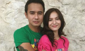 "JM De Guzman defends Barbie imperial from basher who referred to her as ""trying hard"""