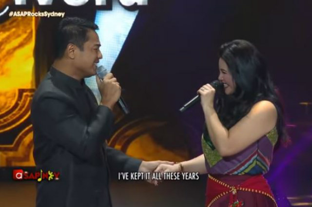 WATCH: Ex-lovers Regine Velasquez and Ariel Rivera reunite on 'ASAP' stage