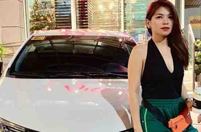 Sugar Mercado receives a car from Willie Revillame as Christmas gift