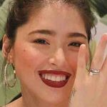 Kylie Padilla shows off her wedding ring