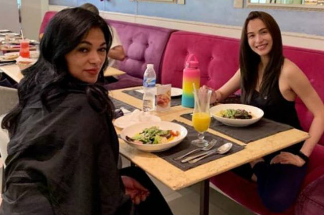 LOOK: Jennylyn Mercado meets up with her biological mom
