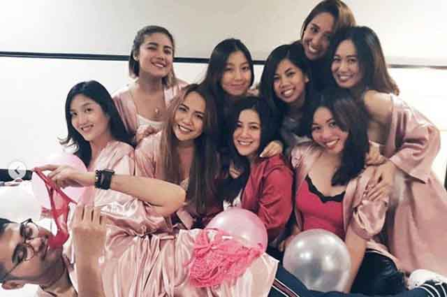 LOOK: Moira Dela Torre's Victoria's Secret-themed themed bridal shower with friends