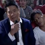 """WATCH: Willie Revillame gives cash and cellphone to sleeping """"Wowowin"""" audience"""
