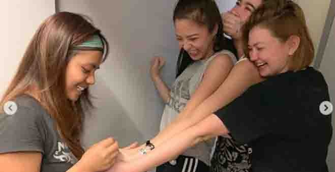 Angelica Panganiban. Bela Padilla, and Kim Chiu nagpalagay ng 'friendship' tattoo