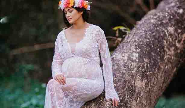 Netizens gush over Miriam Quiambao's maternity photos