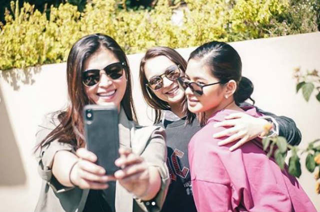 LOOK: Angel Locsin spends bonding time with Ryza Cenon and Loisa Andalio in Baguio