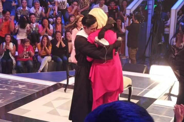 Did Vice Ganda and 'Kuya Escort' Ion Perez confirm their relationship?