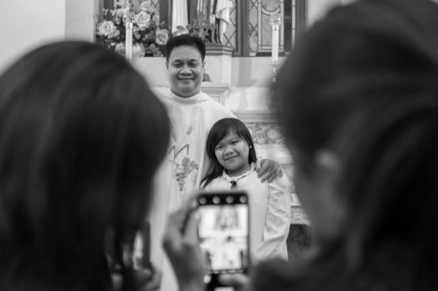 LOOK: Ryzza Mae Dizon marks first communion in Israel