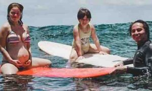 Andi Eigenmann goes surfing inspite of being pregnant