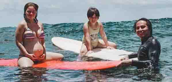 Andi Eigenmann goes surfing inspite of being pregnant