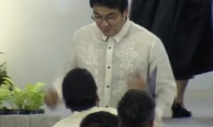 WATCH: Bong Revilla dances after Senate proclamation