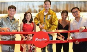 Vicki Belo surprises Hayden Kho with his own photo exhibit for his birthday