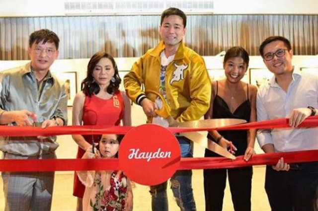 Vicki Belo surprises Hayden Kho with his own photo exhibit for his birthday