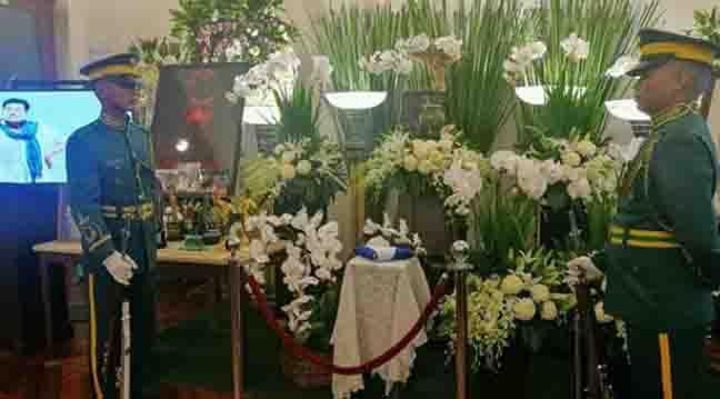 WATCH:  Coco Martin and Alden Richards pay tribute to Eddie Garcia