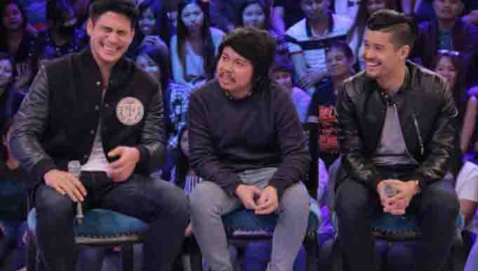 Piolo Pascual and JC De Vera admit to sleeping naked