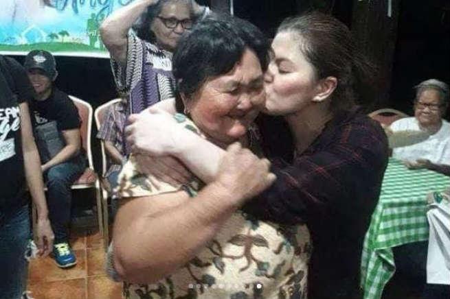 "Angel Locsin celebrates her birthday with the elderly: ""Mas magugustuhan ko ito kesa sa mag-party."""