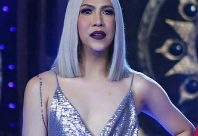 Vice Ganda shows sultry side in his daring outfit in 'Tawag ng Tanghalan' finals