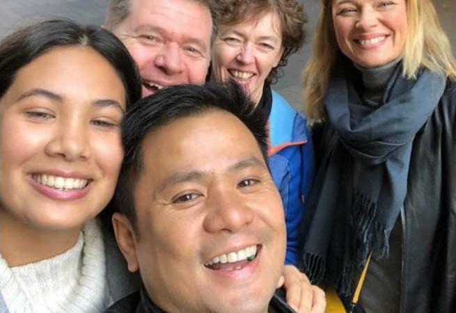 Ogie Alcasid bonds with Michelle van Eimeren and daughter Sarah in Australia