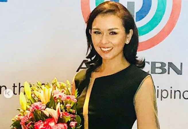 Beauty Gonzales signs contract with ABS-CBN after being introduced as a 'Kapuso'