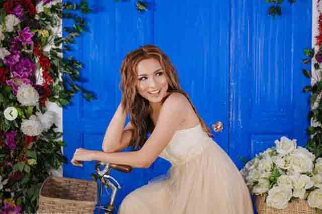 Kyline Alcantara blooms in her sweet sixteen pre-birthday photo shoot