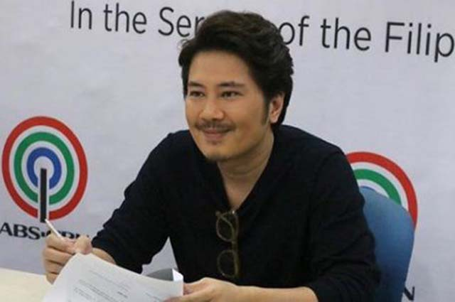Janno Gibbs joins Jaya, Ogie Alcasid in Kapamilya network as he signs contract with Star Music
