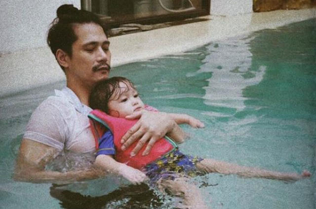 Kylie Padilla touched by Robin Padilla and Baby Alas' sweet moment together