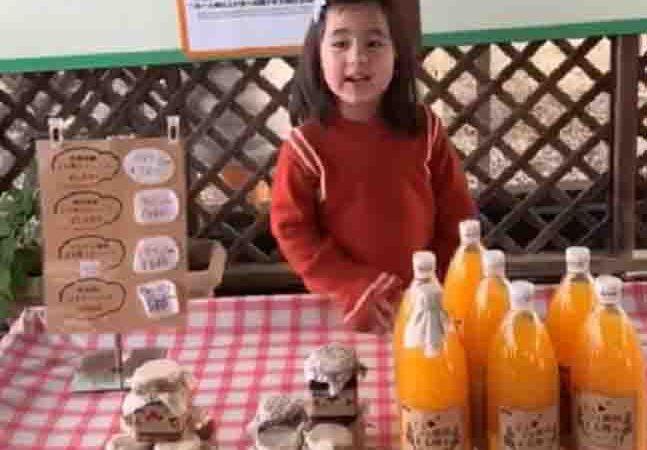 WATCH:  Cute 'Aling' Scarlet Snow selling orange juice