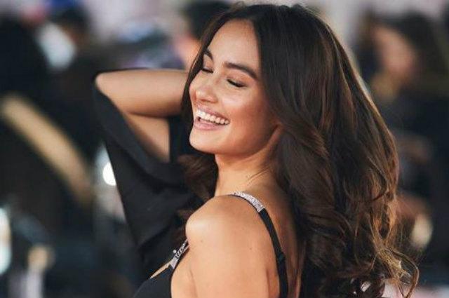 First Filipina VS model Kelsey Merritt walks on Victoria's Secret Fashion Show