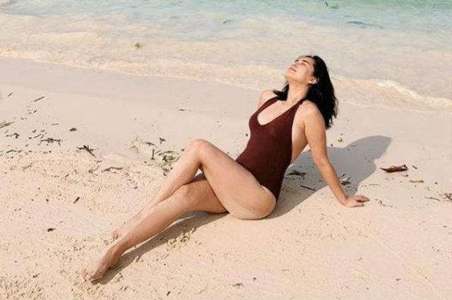 Look Yen Santos Flaunts Beach Body In Boracay Showbiz Chika