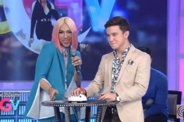 "Arjo Atayde answers Vice Ganda's 'kuryentanong' question: ""Mag-jowa na ba kayo ni Maine Mendoza?"""