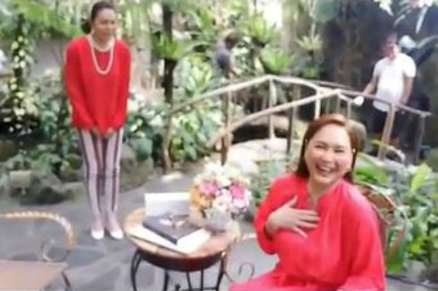 WATCH: 'Miss Q and A' contestant Charot Santos makes a surprise visit to Charo Santos