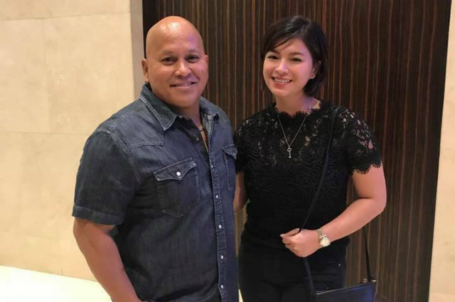 "Angel Locsin explains photo with Bato Dela Rosa: ""May issue ba?"""