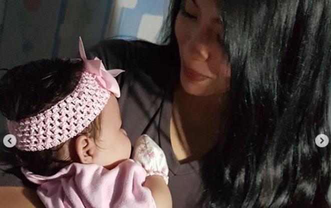 Netizens natuwa nang magpost muli si Julia Montes sa social media