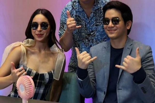 Julia Barretto and Joshua Garcia together at meet and greet event amid break up rumors